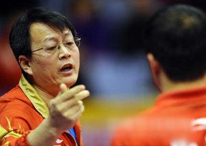 【技术】吴敬平答疑:正手套胶选择问题,直拍握板方法